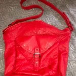 Ecote Casual red one strap shoulder bag